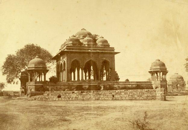 1857_mutineers_mosque_meerut2.jpg
